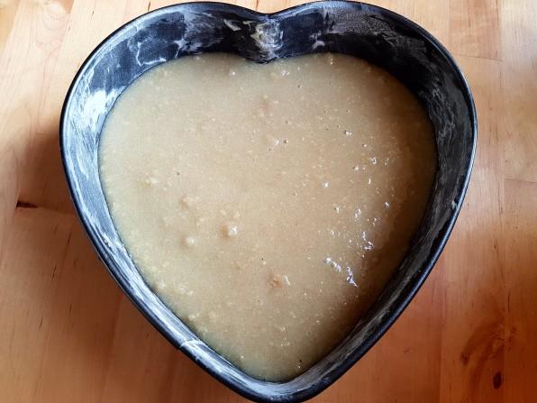 heart-shaped-cake-pan