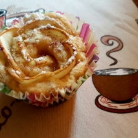 Rose Tarts With Apple and Cinnamon